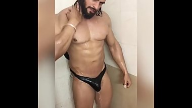 Desi Indian Bodybuilder Shower Prt 1