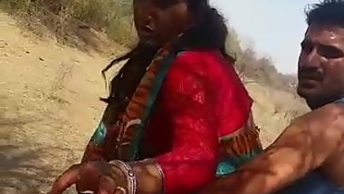 Indian Aunty Public Sex