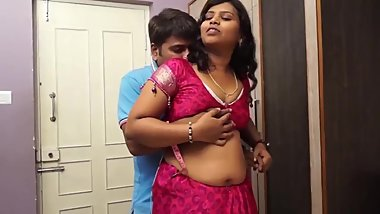 Hot desi shortfilm 388 - Boobs pressed nicely & grabbed in blouse