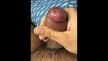 Amazing wank with Thick cumshot (snapchat: upncummer200)