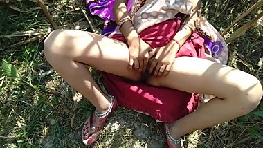 Desi village wife and boyfriend jungle romantic love sex