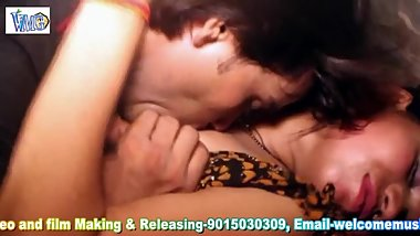Hot desi shortfilm 275 - Boobs squeezed, lick, kissed hard, moaning sounds