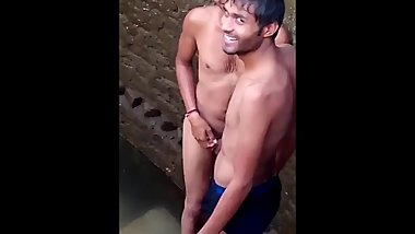 Desi Indian Boy Bathing in Tubewell
