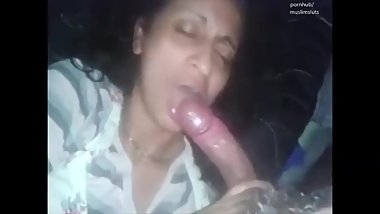 islamic muslim stepmother from india sucking blowjob deepthroat her son