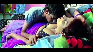 Hot desi shortfilm 337-Suma aunty boobs squeezed, pressed, kissed, navel ki