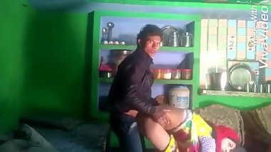 Desi bhabhi and dever sex in village