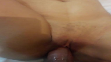Young Indian Desi NRI MILF Fucked in tight pussy