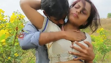 Hot desi shortfilm 54 - Boobs pressed, grabbed & squeezed in blouse, navel